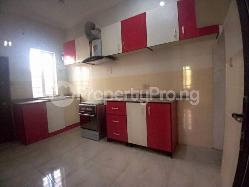 4 bedroom Terraced Duplex House for sale Mobil estate road,lekki scheme 2. Lekki Phase 2 Lekki Lagos - 7