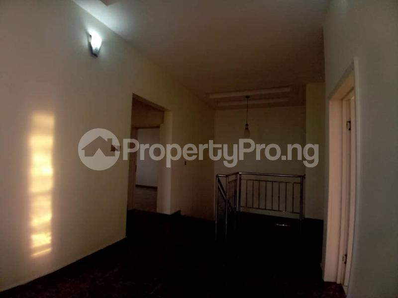 4 bedroom Terraced Duplex House for sale Mobil estate road,lekki scheme 2. Lekki Phase 2 Lekki Lagos - 10