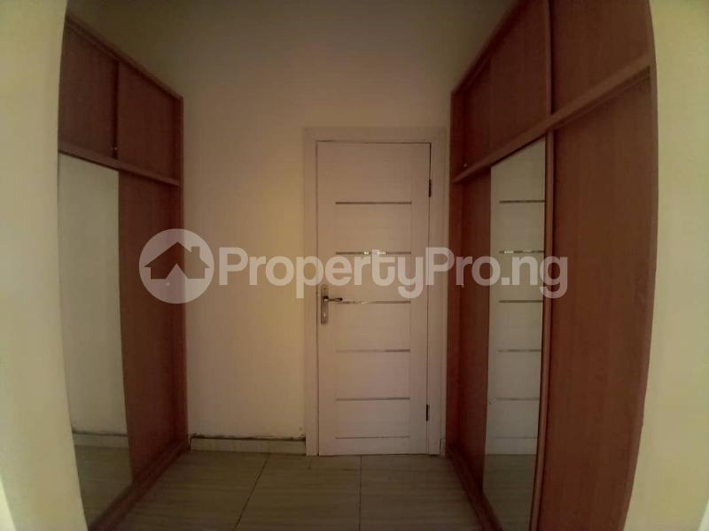 4 bedroom Terraced Duplex House for sale Mobil estate road,lekki scheme 2. Lekki Phase 2 Lekki Lagos - 1