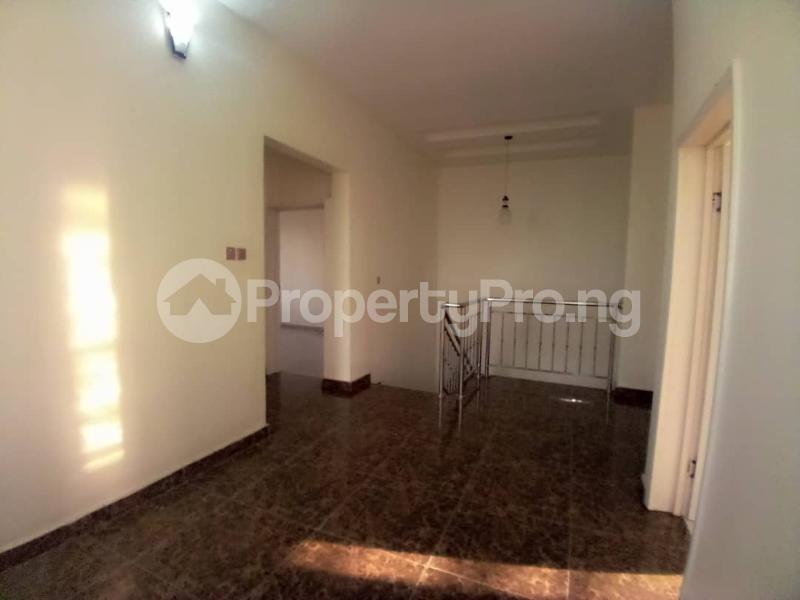 4 bedroom Terraced Duplex House for sale Mobil estate road,lekki scheme 2. Lekki Phase 2 Lekki Lagos - 15