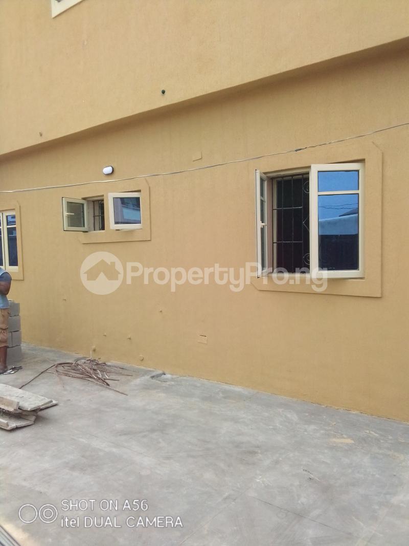 2 bedroom Blocks of Flats House for rent Akowonjo Akowonjo Alimosho Lagos - 17