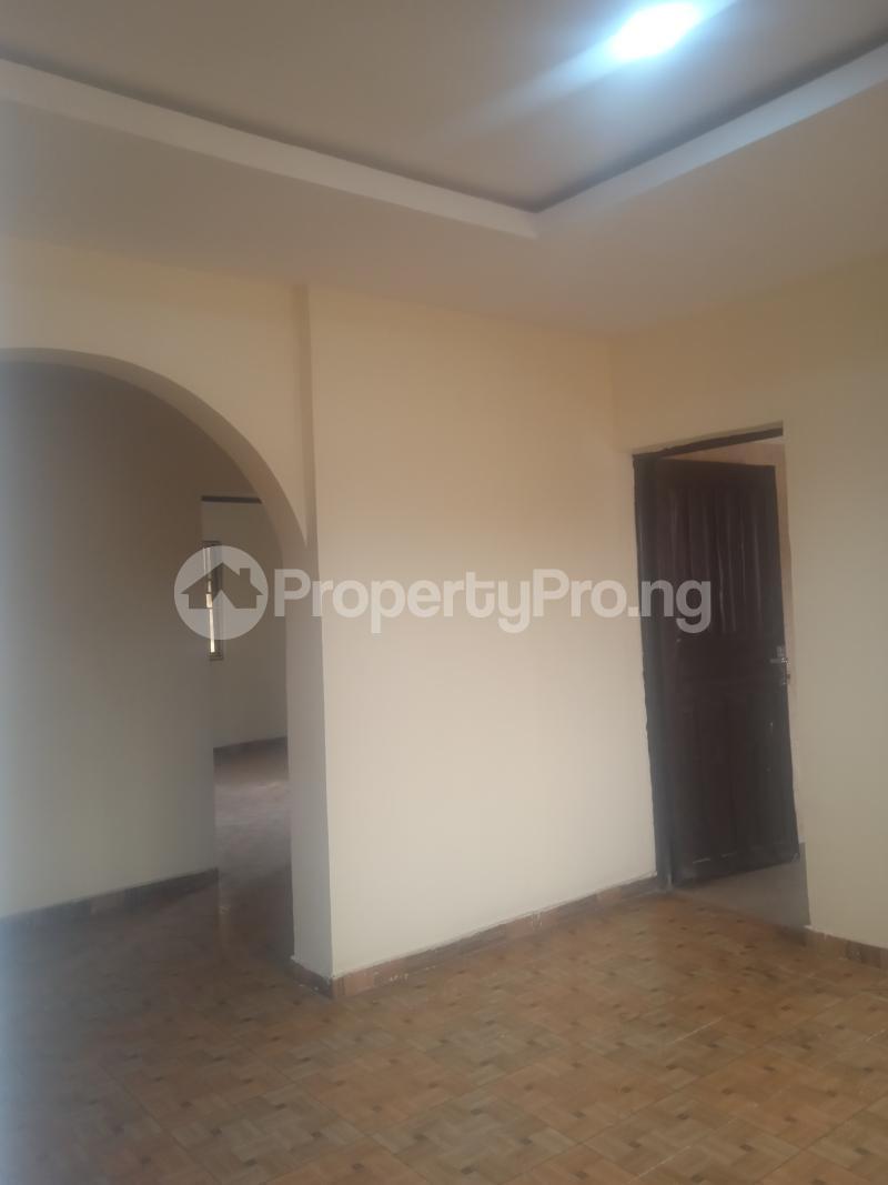 1 bedroom Mini flat for rent Cole Street Lawanson Surulere Lagos - 1