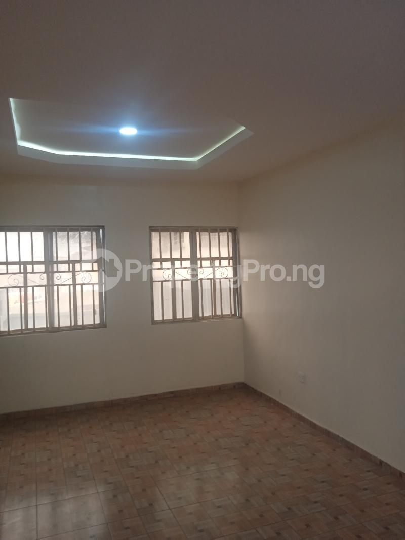 1 bedroom Mini flat for rent Cole Street Lawanson Surulere Lagos - 0