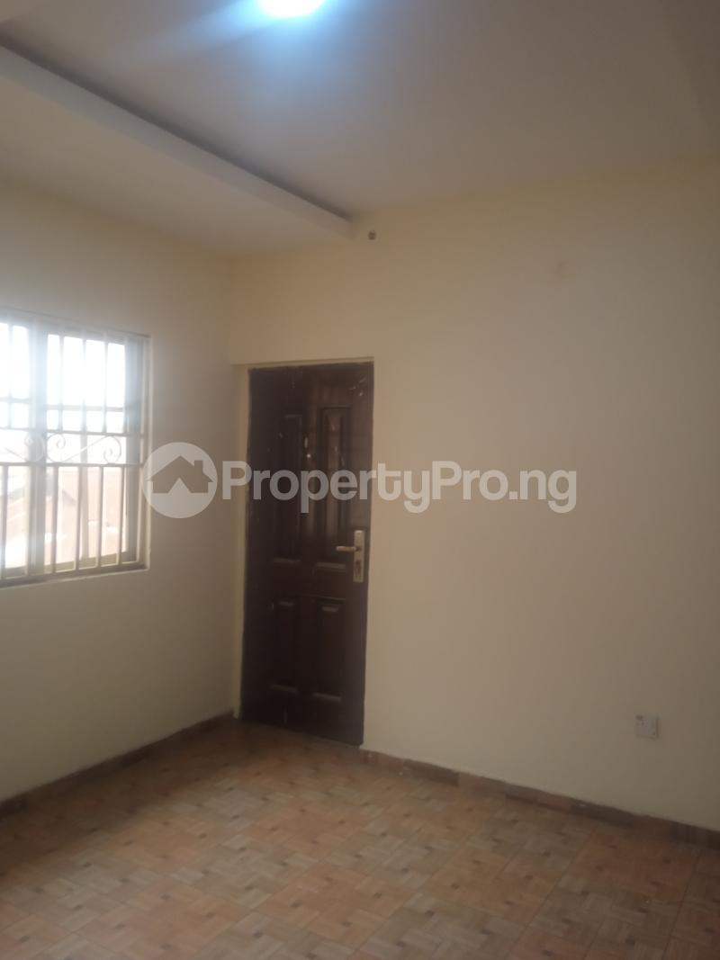1 bedroom Mini flat for rent Cole Street Lawanson Surulere Lagos - 2