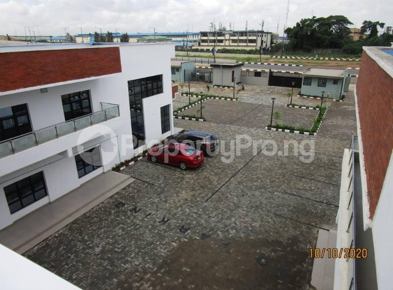 Office Space Commercial Property for rent Murtala Mohammed International Airport Access Road Airport Road(Ikeja) Ikeja Lagos - 4