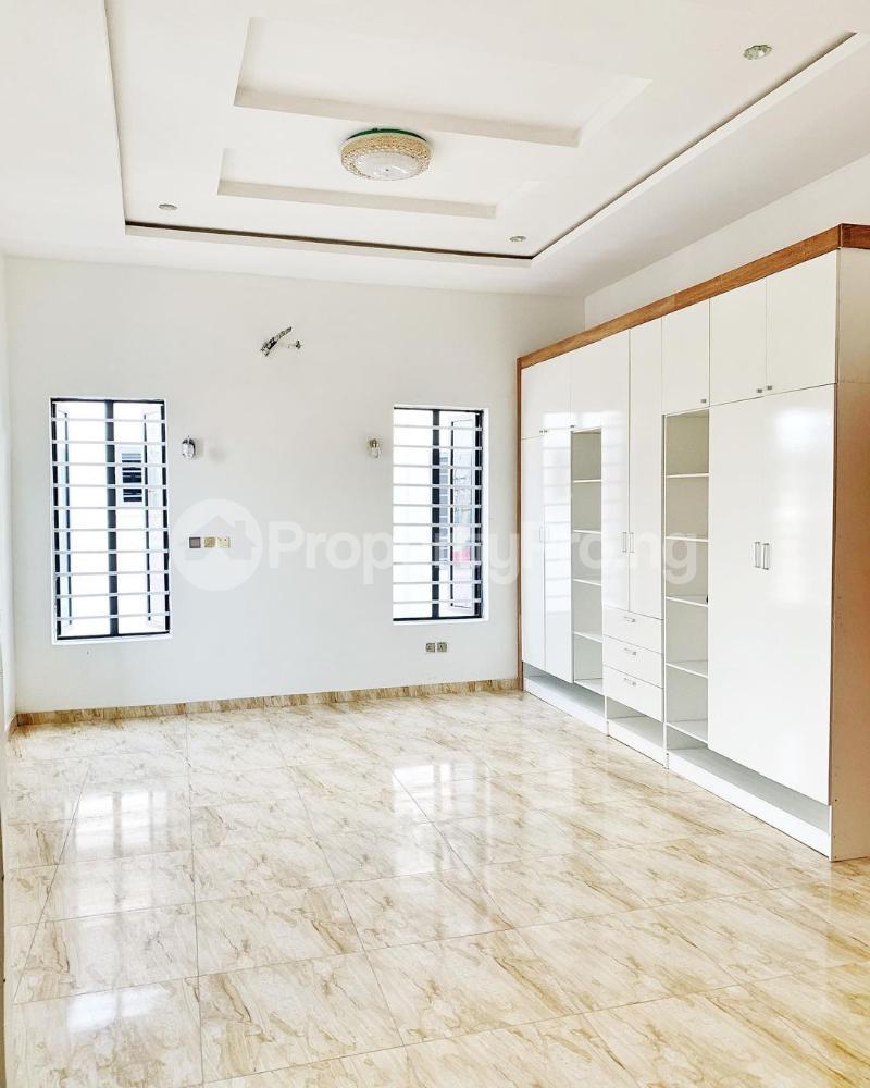 4 bedroom Detached Duplex House for sale Chevron. Gate Orchid chevron Lekki Lagos - 3
