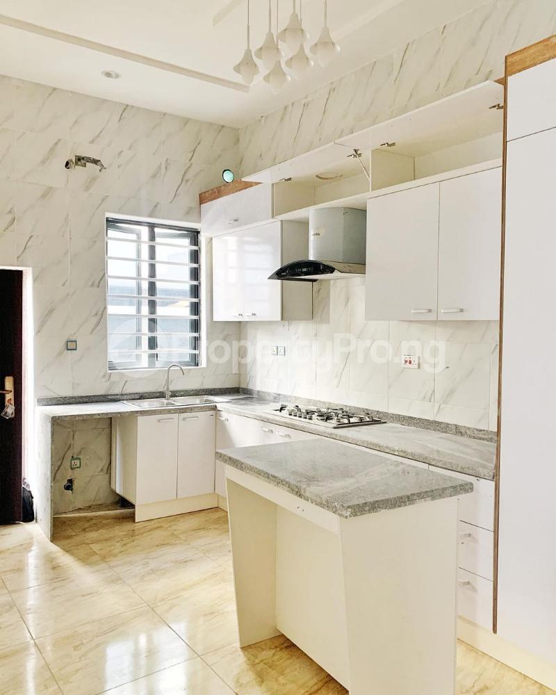 4 bedroom Detached Duplex House for sale Chevron. Gate Orchid chevron Lekki Lagos - 5