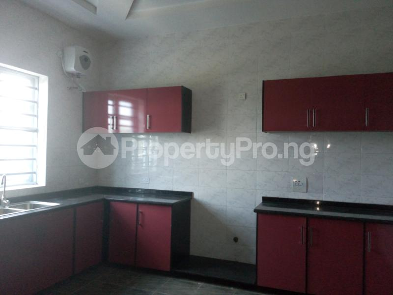 3 bedroom House for sale  divine estates Thomas estate Ajah Lagos - 11