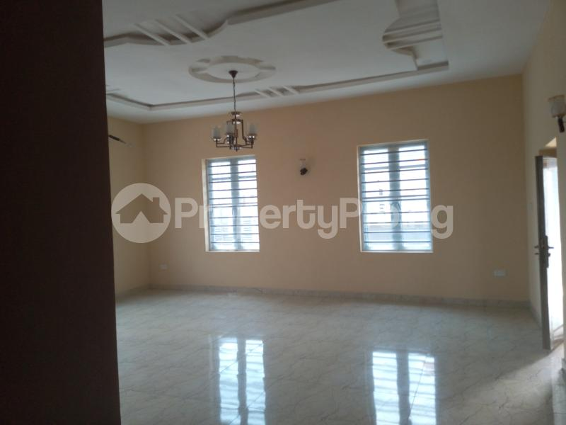 3 bedroom House for sale  divine estates Thomas estate Ajah Lagos - 7