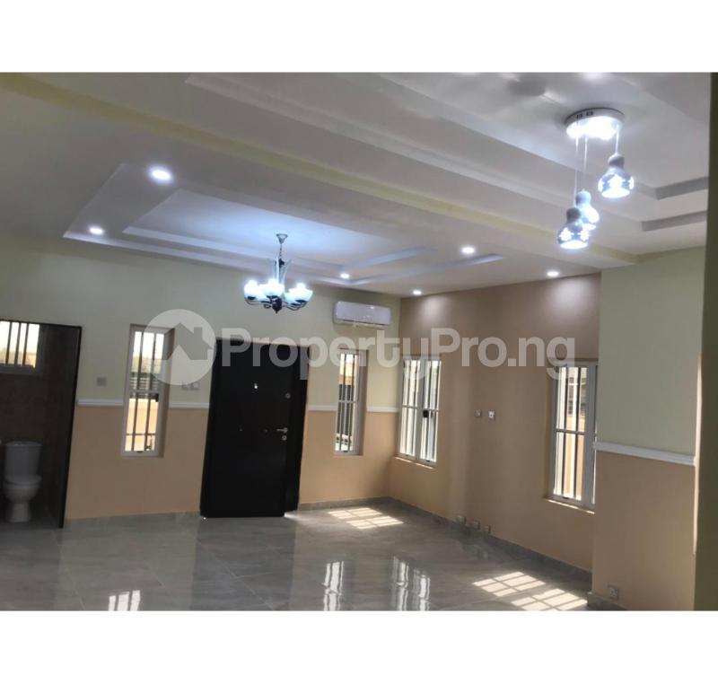 3 bedroom Detached Bungalow House for sale Nihort area,Jericho extension Jericho Ibadan Oyo - 2