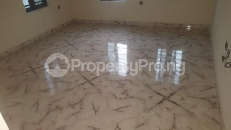 3 bedroom Flat / Apartment for rent Adams Obalateef Estate Cement Ikeja  Mangoro Ikeja Lagos - 10