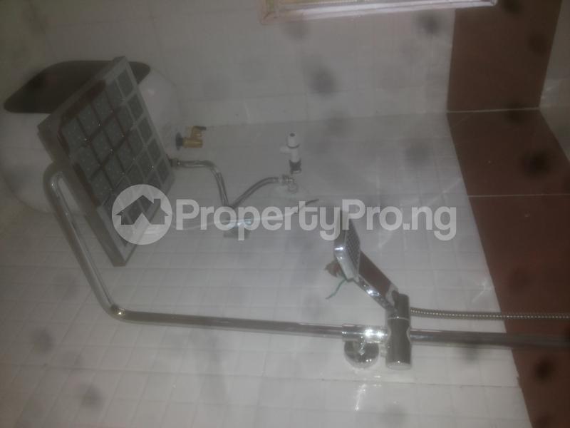 2 bedroom Flat / Apartment for rent macween Alagomeji Yaba Lagos - 7