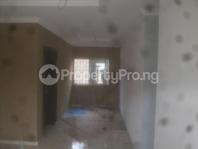 2 bedroom Flat / Apartment for rent macween Alagomeji Yaba Lagos - 4