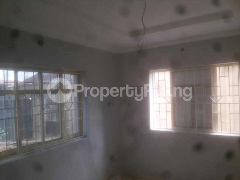 2 bedroom Flat / Apartment for rent macween Alagomeji Yaba Lagos - 2