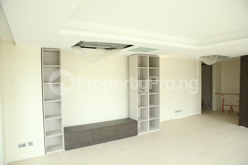3 bedroom Flat / Apartment for sale Water Front, Ilubirin Bourdillon Ikoyi Lagos - 24
