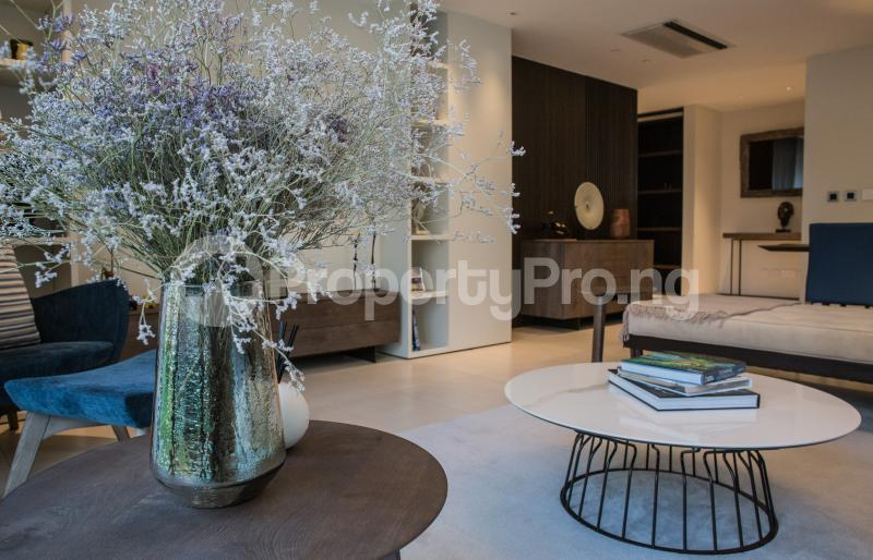 3 bedroom Flat / Apartment for sale Water Front, Ilubirin Bourdillon Ikoyi Lagos - 13