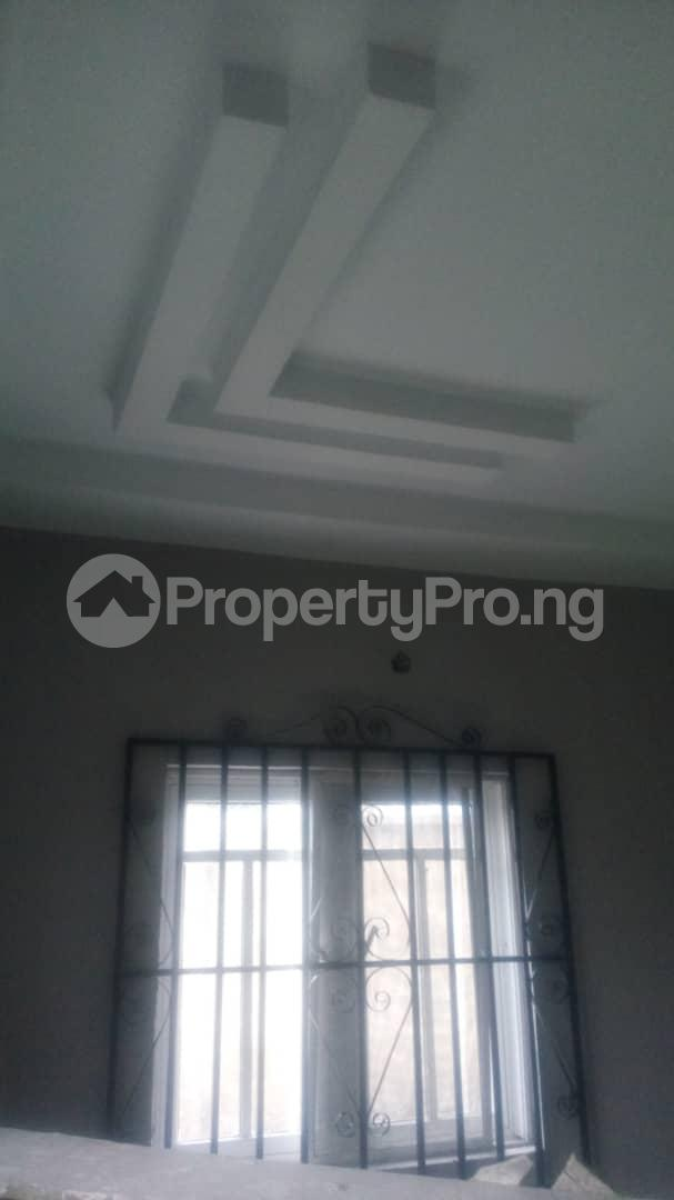 4 bedroom Mini flat Flat / Apartment for sale 4 timehin street  Osogbo Osun - 7