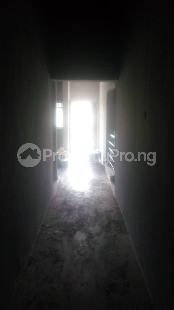 4 bedroom Mini flat Flat / Apartment for sale 4 timehin street  Osogbo Osun - 5