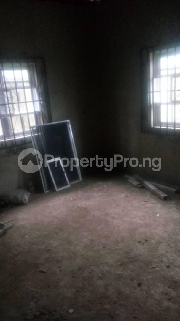 4 bedroom Mini flat Flat / Apartment for sale 4 timehin street  Osogbo Osun - 18