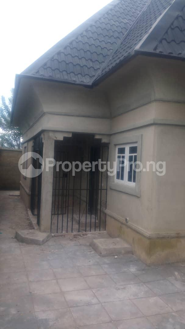 4 bedroom Mini flat Flat / Apartment for sale 4 timehin street  Osogbo Osun - 0