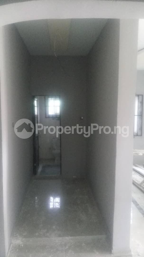 4 bedroom Mini flat Flat / Apartment for sale 4 timehin street  Osogbo Osun - 11