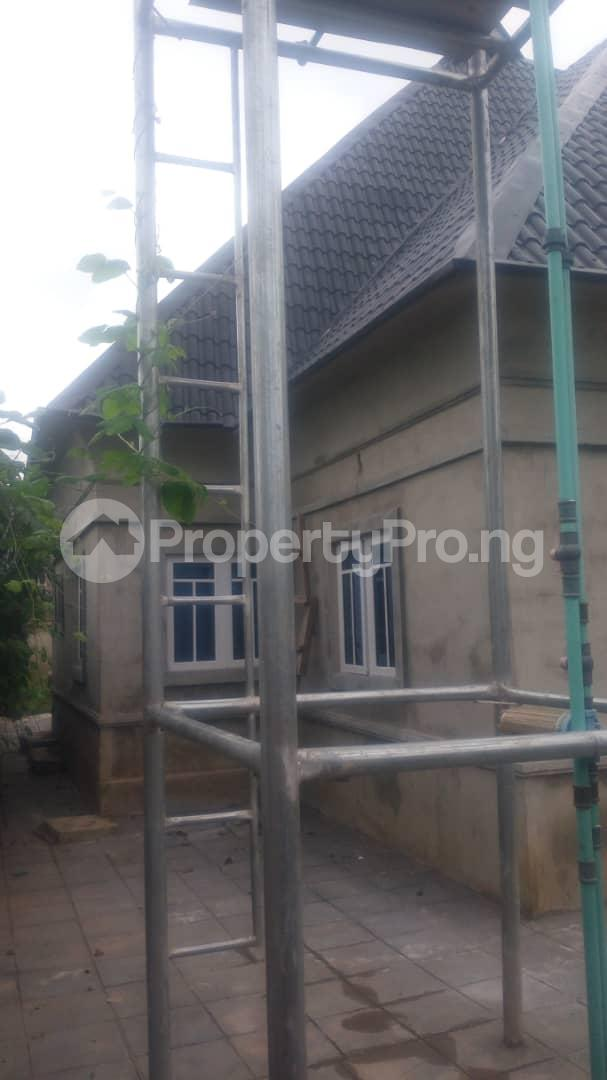 4 bedroom Mini flat Flat / Apartment for sale 4 timehin street  Osogbo Osun - 8