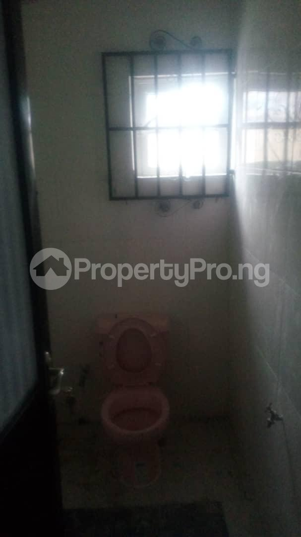 4 bedroom Mini flat Flat / Apartment for sale 4 timehin street  Osogbo Osun - 19