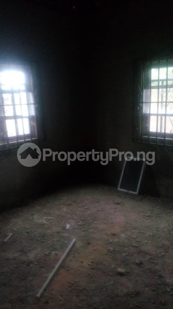 4 bedroom Mini flat Flat / Apartment for sale 4 timehin street  Osogbo Osun - 21