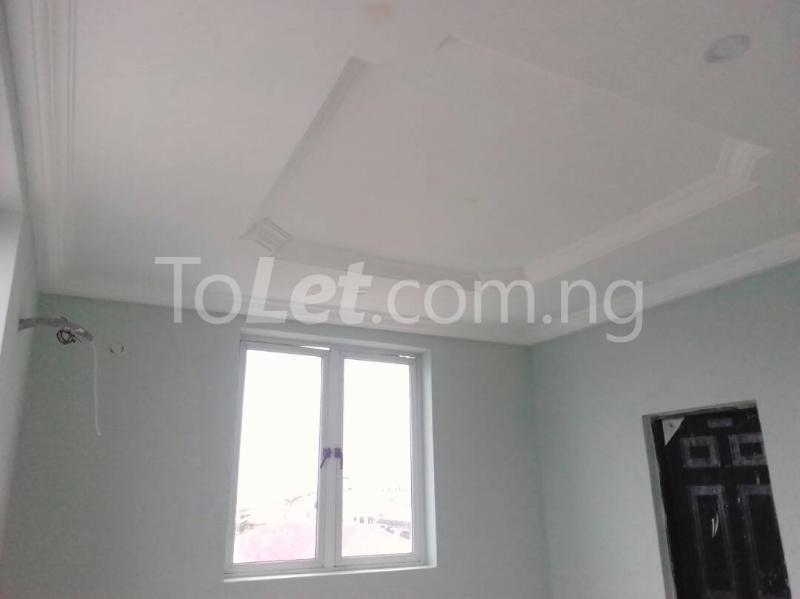 3 bedroom Flat / Apartment for sale moleye st Alagomeji Yaba Lagos - 7