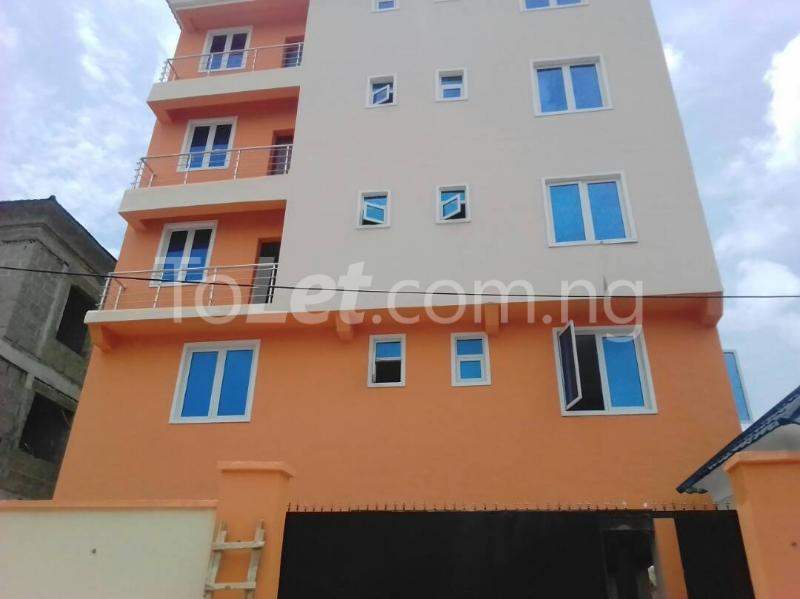 3 bedroom Flat / Apartment for sale moleye st Alagomeji Yaba Lagos - 3