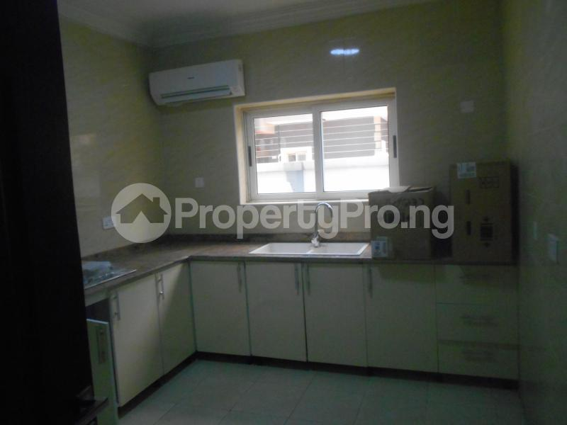 10 bedroom Flat / Apartment for rent Four point by sharaton road ONIRU Victoria Island Lagos - 9