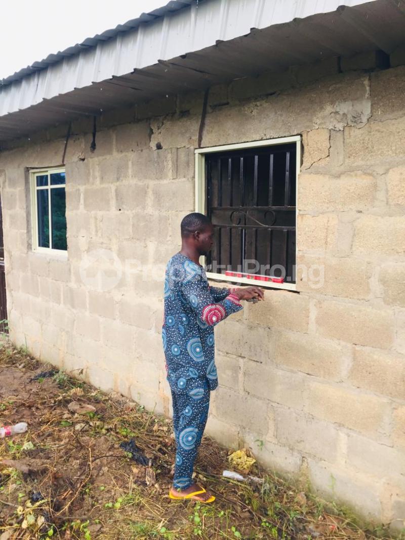 1 bedroom Semi Detached Bungalow for sale Iware Rd, Oyo Express Way Akinyele Akinyele Oyo - 3