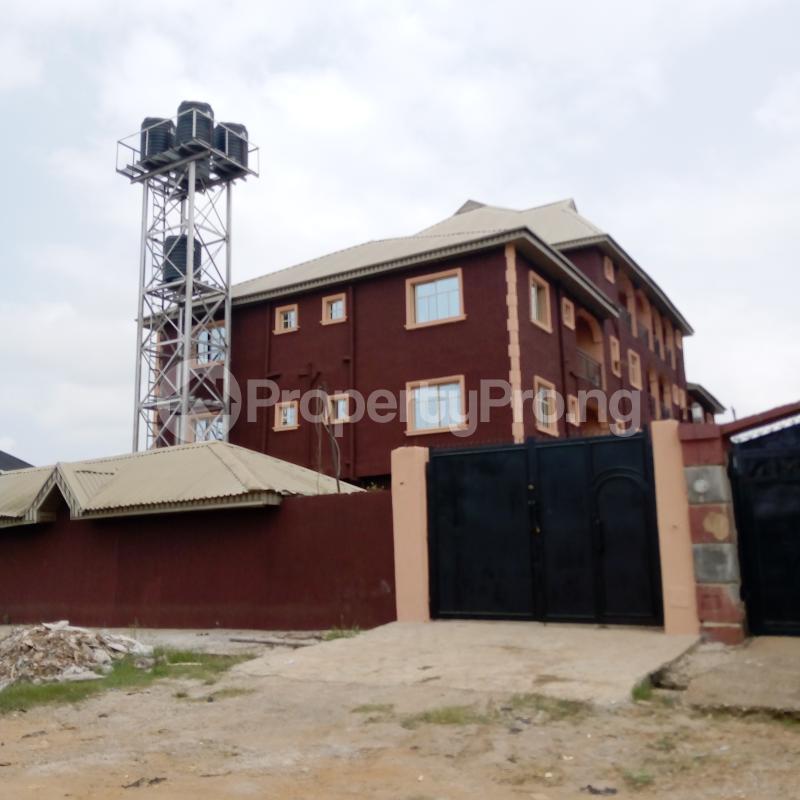 2 bedroom Flat / Apartment for rent I.k.j Bus Stop Bucknor. Bucknor Isolo Lagos - 1