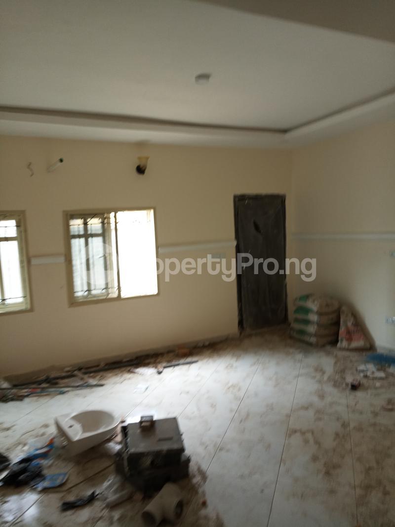 2 bedroom Flat / Apartment for rent lagoon view estate  Ogudu-Orike Ogudu Lagos - 2