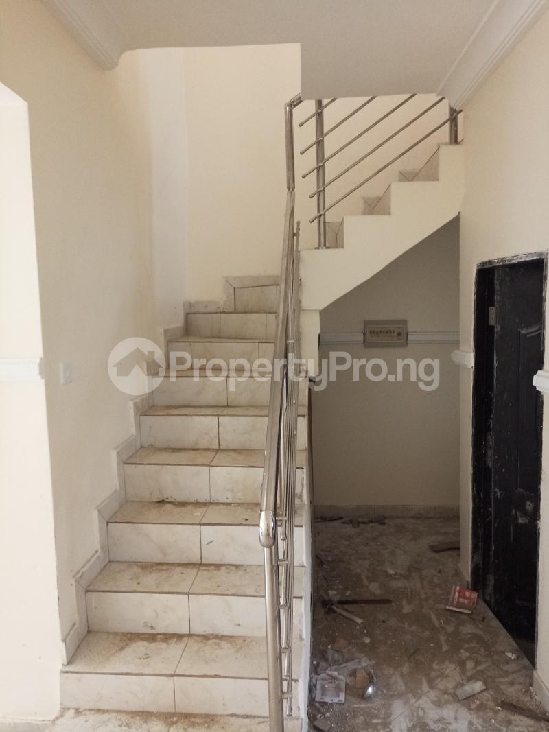 2 bedroom Flat / Apartment for rent lagoon view estate  Ogudu-Orike Ogudu Lagos - 3