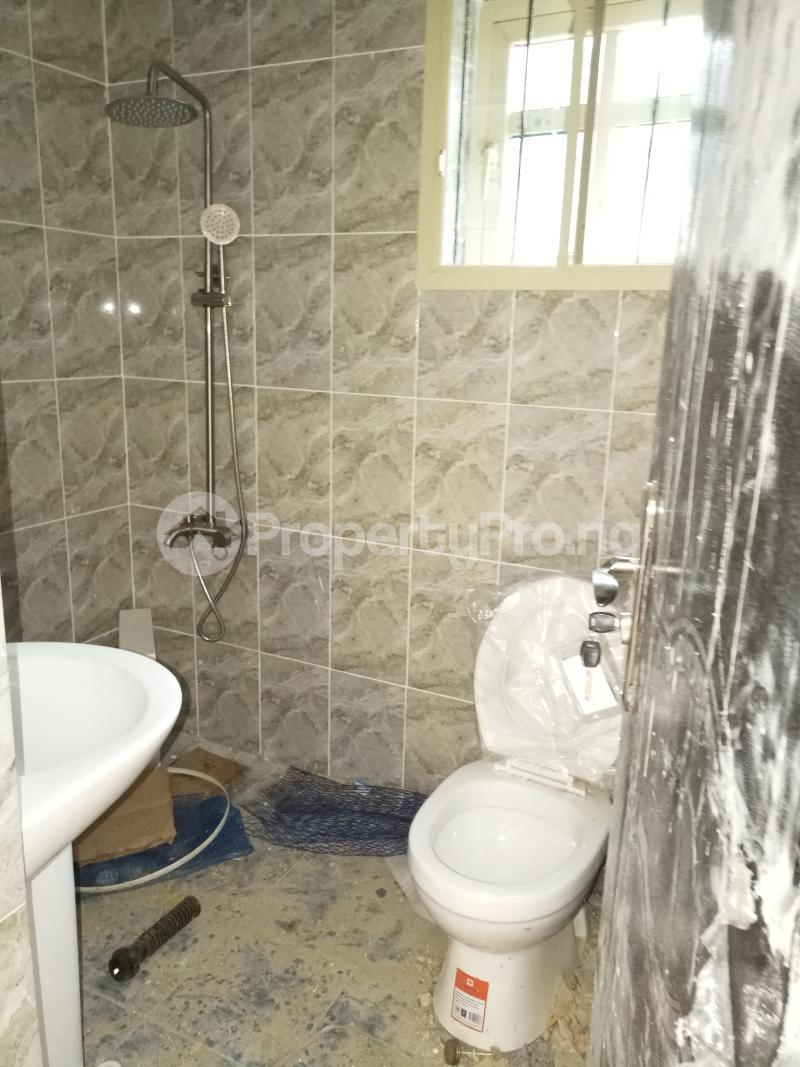 2 bedroom Flat / Apartment for rent lagoon view estate  Ogudu-Orike Ogudu Lagos - 4