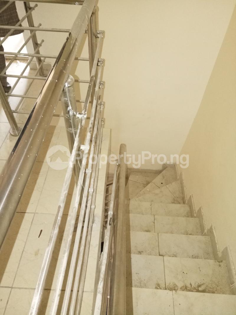 2 bedroom Flat / Apartment for rent lagoon view estate  Ogudu-Orike Ogudu Lagos - 9