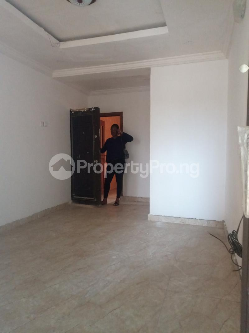 2 bedroom Flat / Apartment for rent Ebute Metta Adekunle Yaba Lagos - 7