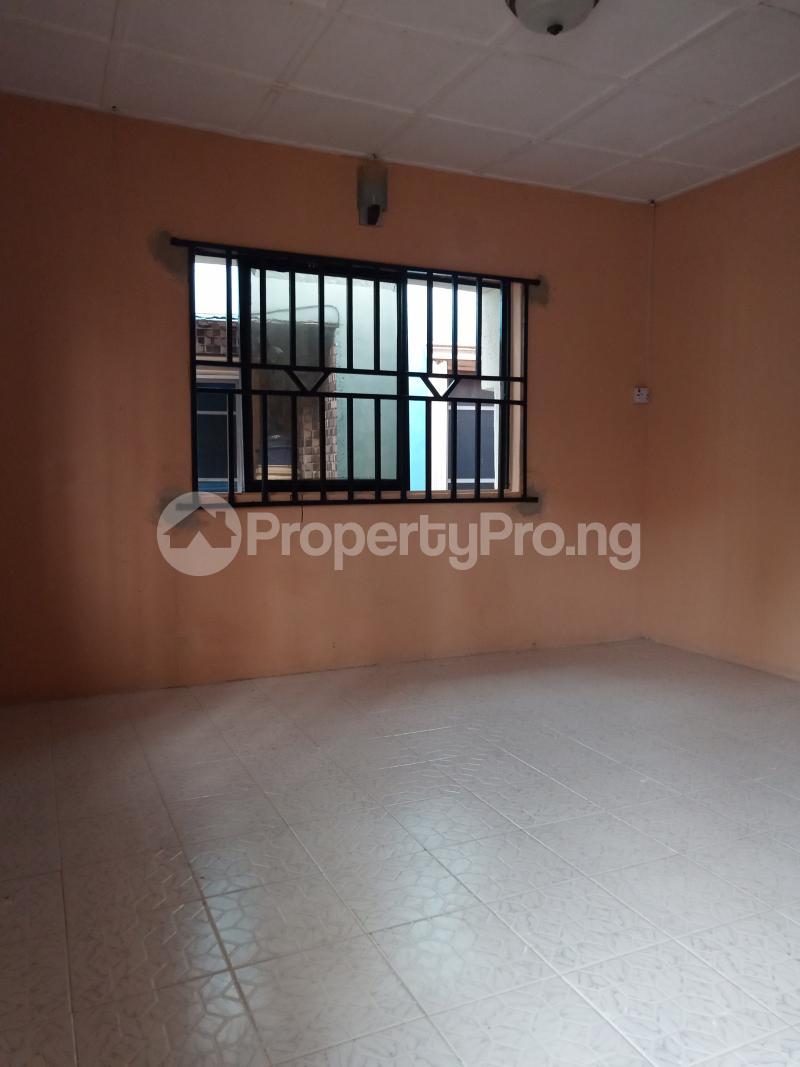 2 bedroom Flat / Apartment for rent Ebute Metta Adekunle Yaba Lagos - 1
