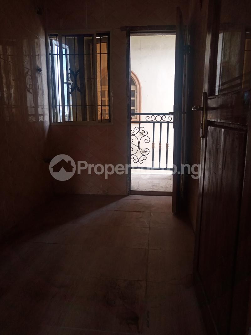 2 bedroom Flat / Apartment for rent Ebute Metta Adekunle Yaba Lagos - 6