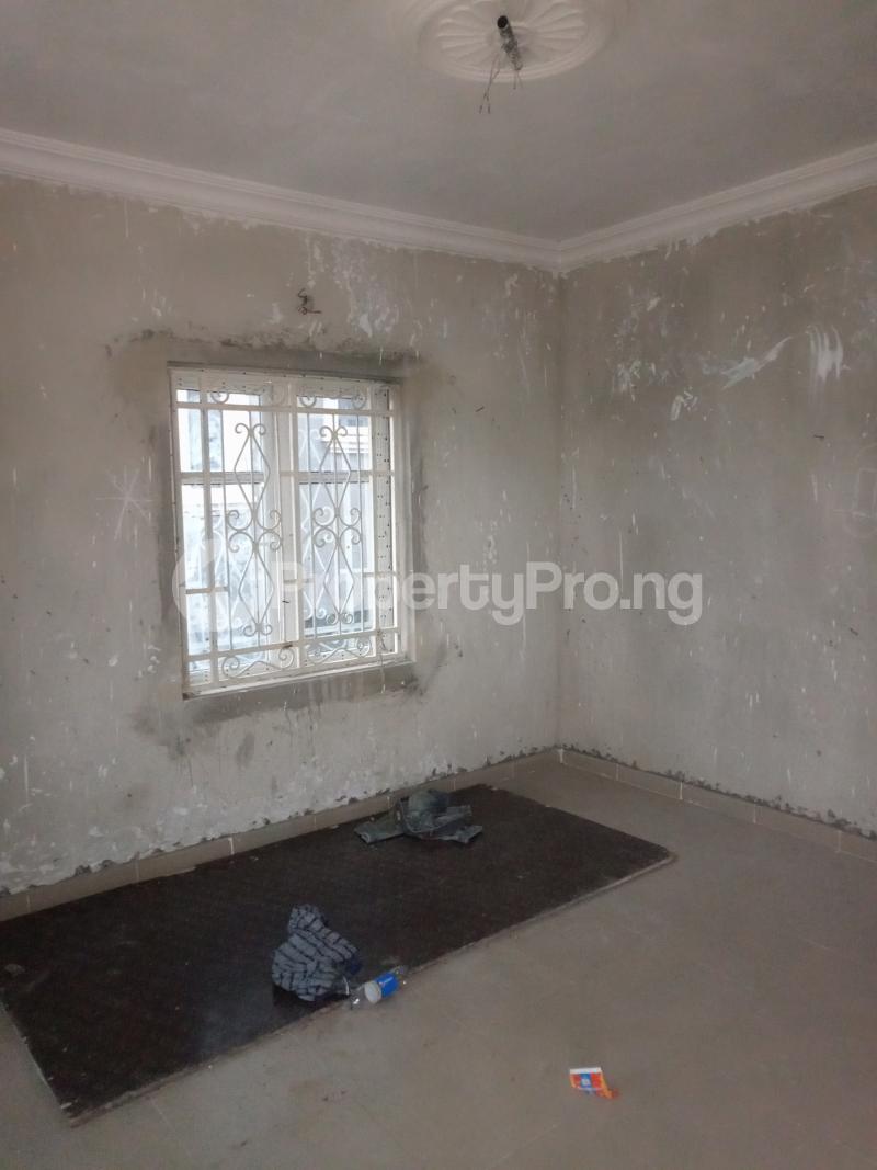 2 bedroom Flat / Apartment for rent Abule ijesha Fola Agoro Yaba Lagos - 3