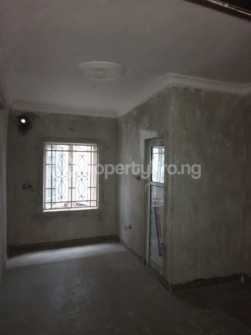 2 bedroom Flat / Apartment for rent Abule ijesha Fola Agoro Yaba Lagos - 5