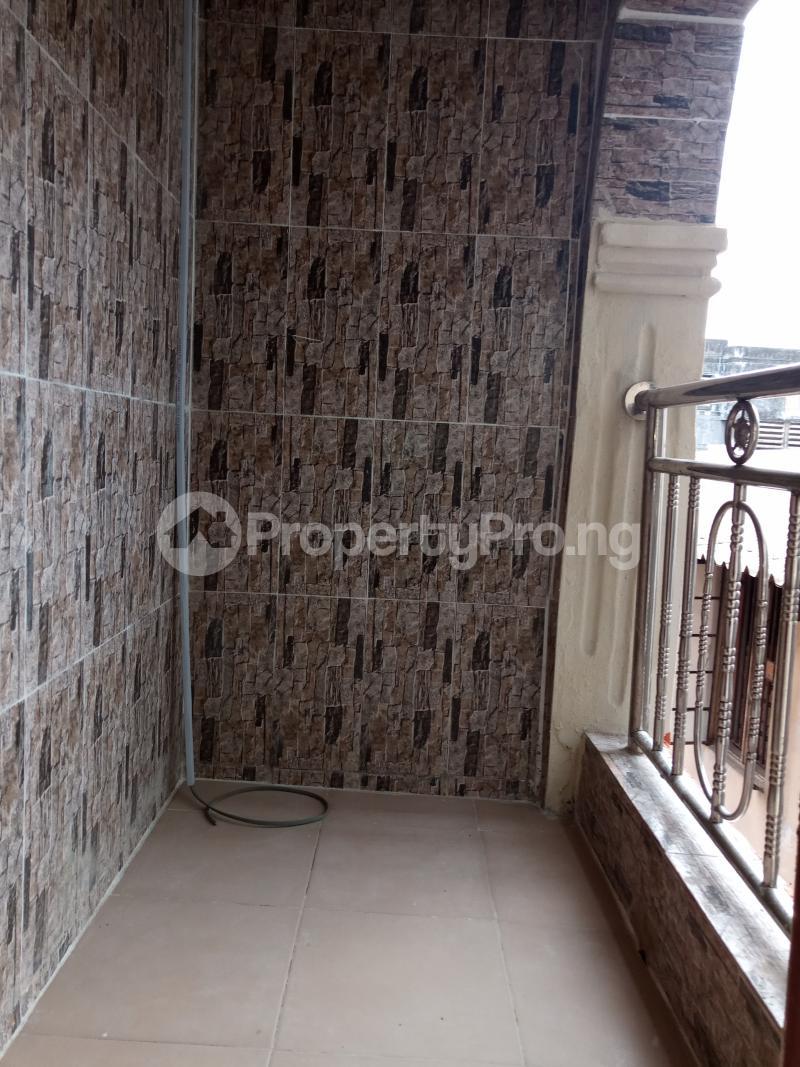 2 bedroom Flat / Apartment for rent Ebute Metta Adekunle Yaba Lagos - 3