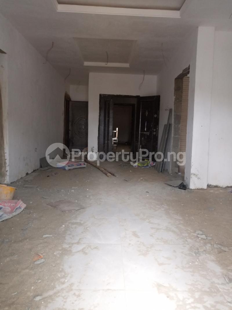 2 bedroom Flat / Apartment for rent Adekunle Alagomeji Yaba Lagos - 9