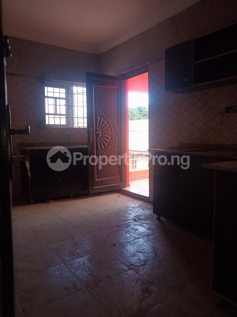 2 bedroom Flat / Apartment for rent Adekunle Adekunle Yaba Lagos - 1