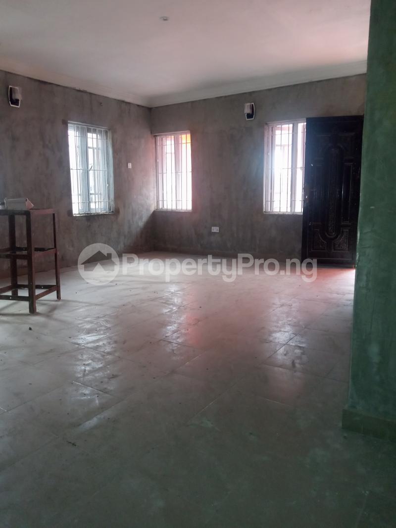2 bedroom Flat / Apartment for rent Adekunle Adekunle Yaba Lagos - 4