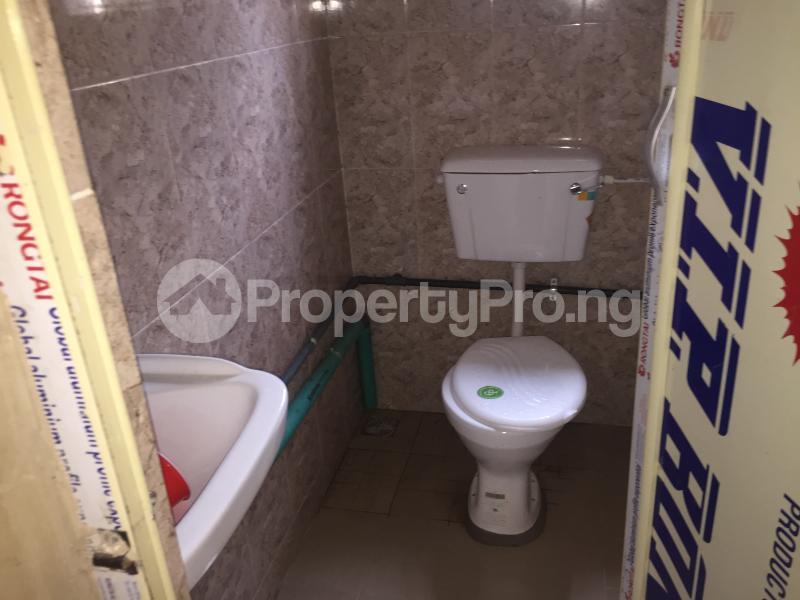 2 bedroom Flat / Apartment for rent Odenike  Abule-Ijesha Yaba Lagos - 10