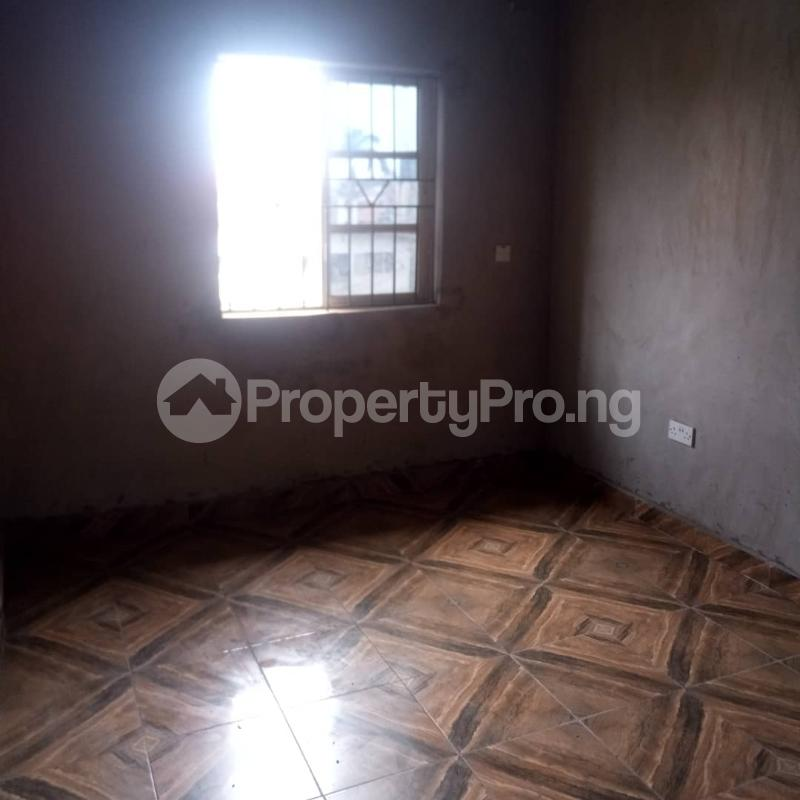 2 bedroom Flat / Apartment for rent Odenike  Abule-Ijesha Yaba Lagos - 2