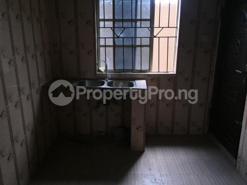 2 bedroom Flat / Apartment for rent Odenike  Abule-Ijesha Yaba Lagos - 5