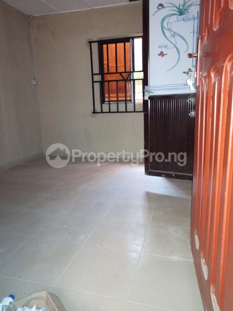2 bedroom Flat / Apartment for rent Ebute Metta Adekunle Yaba Lagos - 9